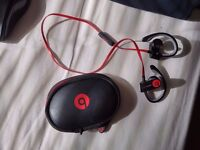 PowerBeats 2 by Dr. Dre™ Wireless In-Ear Sport Headphones with Mic/Remote