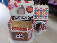 Hello Kitty House which opens out - with accessories - NO figures - Collection PE27