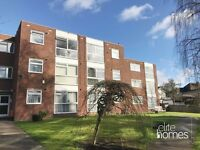 Large 2 Bedroom Top Floor Flat In Potters Bar, EN6, Great Location & Condition, Quiet Location