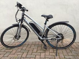 Ladies Carrera Hybrid e-bike
