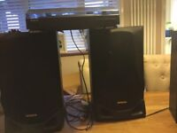 AIWA RECORD PLAYER AND SPEAKERS