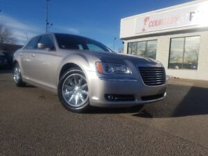 2014 Chrysler 300 Touring | Bluetooth | Rear View Camera