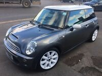 Mini Cooper S for sale in excellent condition - best colour combo