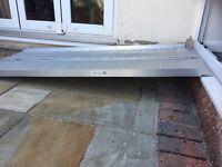 Aluminium 6ft folding suit case ramp