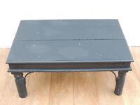 Pine medium coffee table (Delivery)