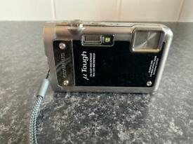 OLYMPUS U TOUGH 8010/8 XD CARD& BATTERY And Charger