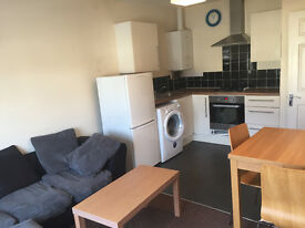 HEADINGTON 2 BEDROOM FLAT self-contained furnished close to Brookes/Churchill/BMW £1050 Excl