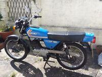 Suzuki GP100