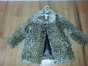 brand new condition girls jacket size 5