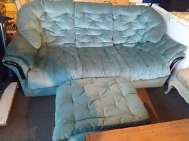 3 SEATER SOFA IN GOOD CONDITION WITH MATCHING FOOTSTOOL.