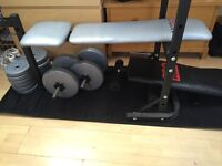 Bench press with weights and sit up bench