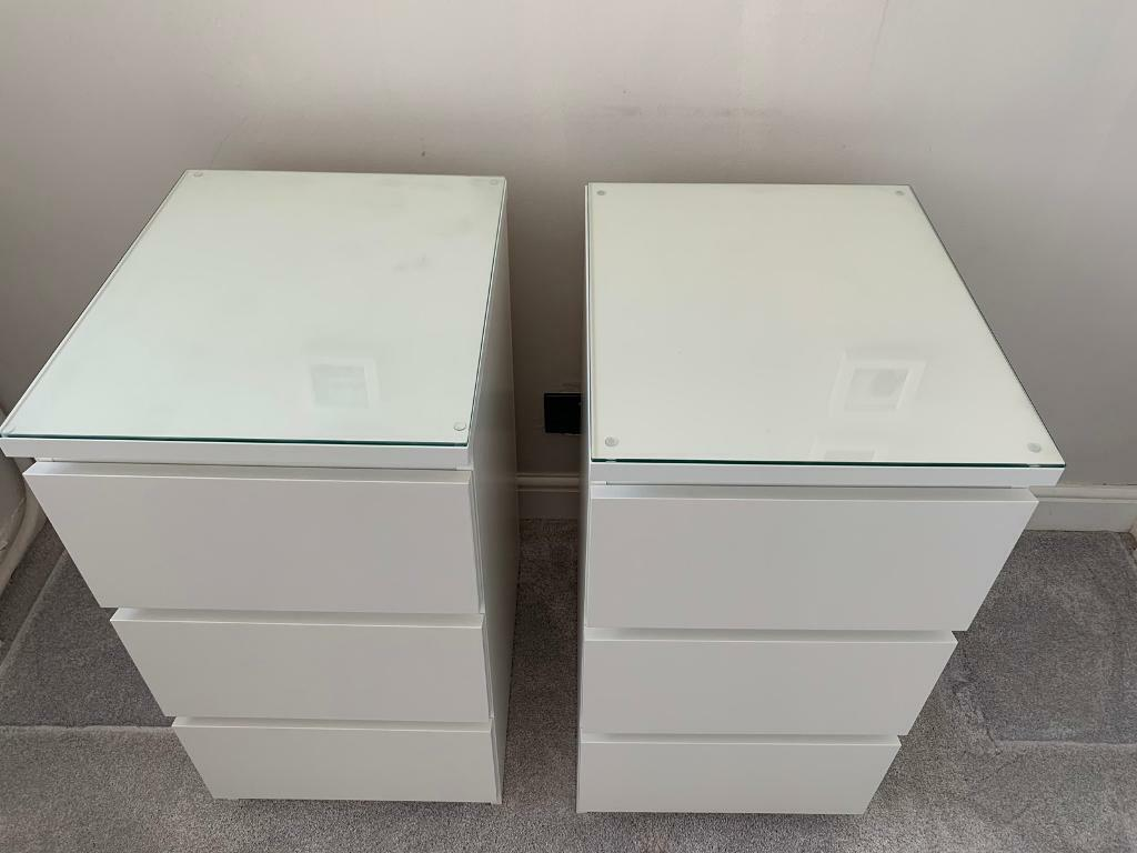 Pair Of Malm White 3 Drawer Chest Of Drawers Bedside Cabinets With Glass Tops In Billericay Essex Gumtree