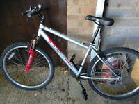 "Mens mountain bike with 26"" alloy wheels with good tyres 18 gears front suspension gwo"