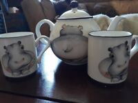 tea pot and 2 Mugs by Arthur Wood Hippos