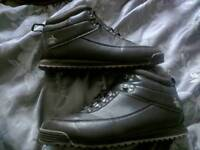 Penguin boots like Timberland Rockport