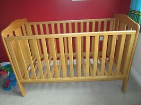 Mothercare cot bed / toddler bed