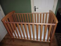 KATIE SOLID BEECH WOODEN COT WAS £179.99 AT BABIES ARE US EXCELLENT CONDITION BARGAIN AT £50