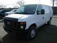 2014 Ford E-250 AUTO-AIR-LOW KMS!