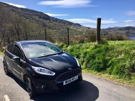 2014 Ford Fiesta ecoboost Titanium Black