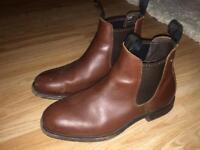 Men's Dubbary boots worn a few times