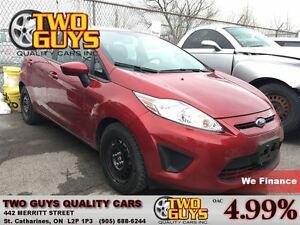 2013 Ford Fiesta SE NICE CLEAN CAR! HEATED FRONT SEATS