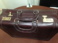 Briefcase Large Genuine Leather.