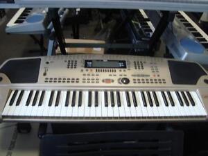Clavier électronique Gem WK2000HD