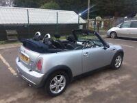 Mini Cooper convertible 2005