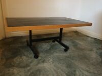 Low table suitable for reception room