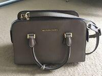 Michael Kors handbag satchel medium leather very good condition