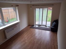 3 Bedroom House for Rent - 2 Spacious Living Rooms - Spacious kitchen Diner - 10min walk from City C