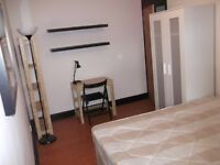 2 Lovely Double Rooms - Available Now in Stepney Green