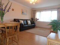 LOVELY TWO BEDROOM MAISONETTE IN ASHFORD WITH GARDEN - close to heathrow sunbury laleham staines