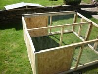 Separated/sheltered rabbit/guinea pig/chick/small animal runs