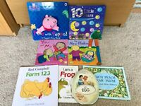 Peppa Pig puppet book + others