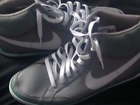 Nike high top size 9