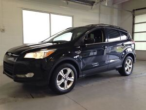 2013 Ford Escape SE  AWD  SYNC  HEATED SEATS  A/C  65,908KMS Cambridge Kitchener Area image 3