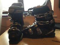 Ladies Lange Ski Boots size 5
