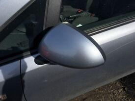 Vauxhall Corsa wing/door side mirror blue(Driver/Passenger) 2007,2008-12Available cheap £29.99 each.