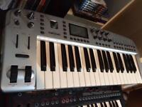 M-AUDIO OZONIC MIDI CONTROLLER / FIREWIRE AUDIO INTERFACE