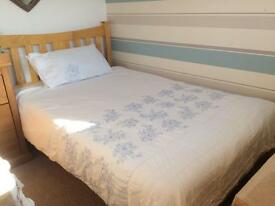 4ft small wooden double bed with mattress