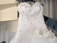 Beautiful wedding dress, Corset back, New without tags
