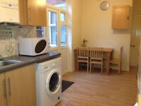 MODERN DOUBLE ROOM TO RENT IN A QUIET HOUSE, CLOSE TO CITY CENTRE, INCLUSIVE OF BILLS