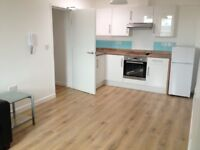 Modern, Furnished 1 Bed Flat near Brighton Station. Council Tax & Water Included