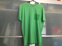 Men's Hugo boss t shirt small