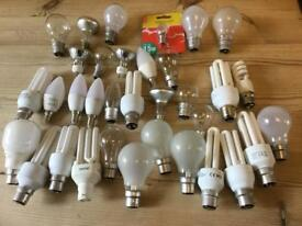 Light bulbs, 35 assorted light bulbs,