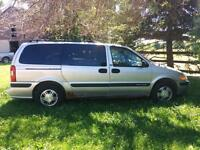 2003 Chevy Venture LS /DVD/ CD/ Radio