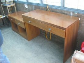 MODERN MATCHING DRESSING TABLE/DESK & PAIR BEDSIDE CABINETS. STURDY & SOLID. VIEW/DELIVERY AVAILABLE