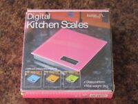 Scales - Digital - 2kg New & Boxed