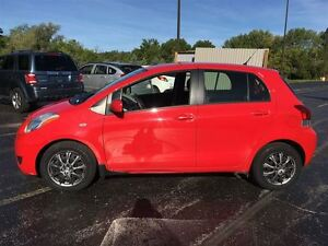 2010 Toyota Yaris HATCHBACK/MANUAL/POWER GROUP/AIR/ABS